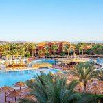 Duiken in zwembad en zee in het prachtige Egypte
