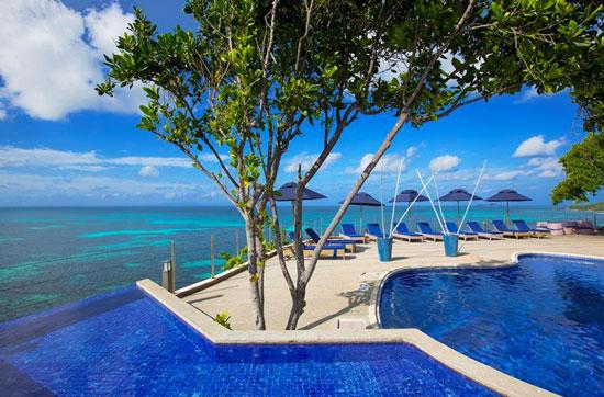Coco De Mer & Black Parrot Suites Resort