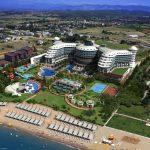 Luxe resort aan de zonnige Turkse kust met riant Zwembad