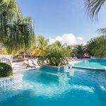 Top vakantiepark met riant zwembad op zonnig Curaçao