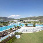 Genieten van de 5-sterren luxe in resort met enorm zwembad