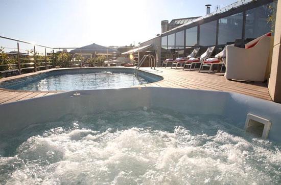 Hotel Barcelona met buitenzwembad