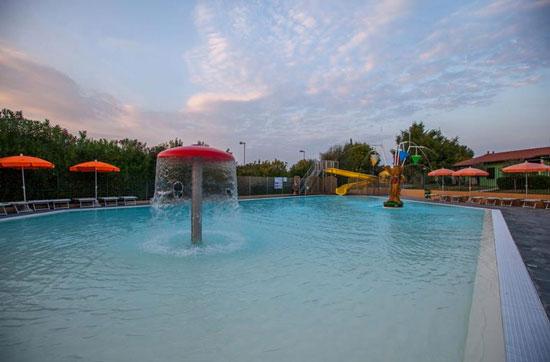 Kleinschalige camping Italië met leuk zwembad