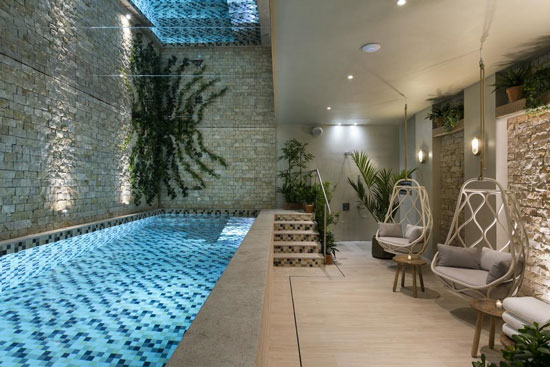 Leukste hotels Parijs met zwembad
