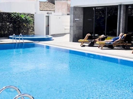 Hotel Azoren met zwembad
