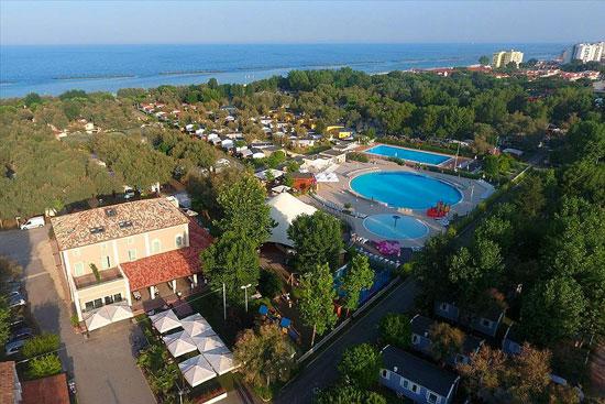 Vakantie Adriatische Kust met groot zwembad