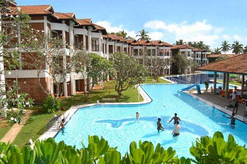 Mega zwembad in Sri Lanka