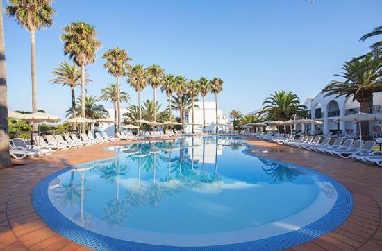 Resort Menorca met zwembad