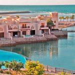 Vijf sterren resort met prachtig zwembad in Ras Al Khaimah