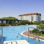 Luxe hotel midden in de Duitse natuur met groot zwembad