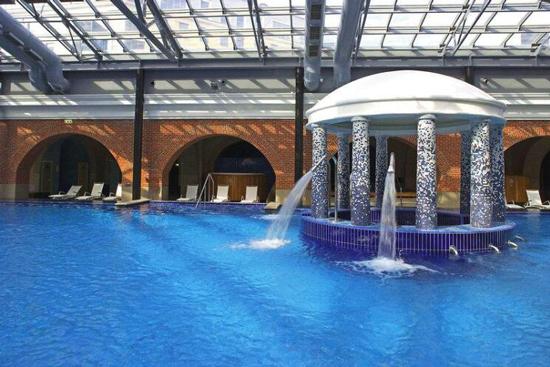 Hotel Sint Petersburg met zwembad