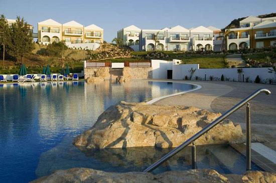 Vakantie Rhodos met groot zwembad