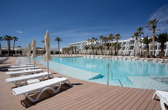Zwembad op Ibiza