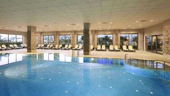 Vakantie Side met groot zwembad