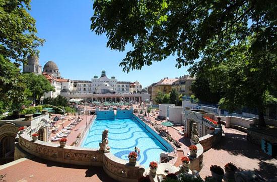 Citytrip Hongarije met zwembad