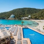 Hey, we're going to Ibiza: fantastich hotel aan zee