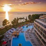 Zonvakantie vanuit hotel met top locatie aan de Kroatische kust