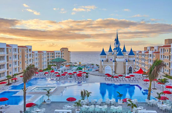 Zon, strand en volop genieten vanuit luxe familiehotel op Tenerife