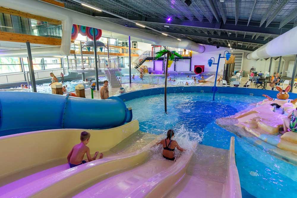 Beerze Bulten, lekker binnenzwembad, maar buiten zwemmen kan ook!