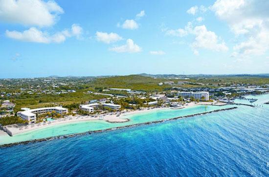 Resort Curaçao met groot zwembad