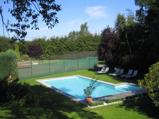 Hotel Hotleu, Waimes met zwembad