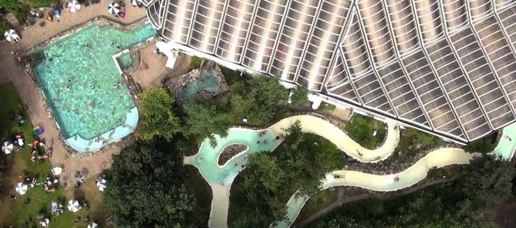 Appartementen, buitenzwembad, aquapark en meer. CenterParcs Eperheide in België
