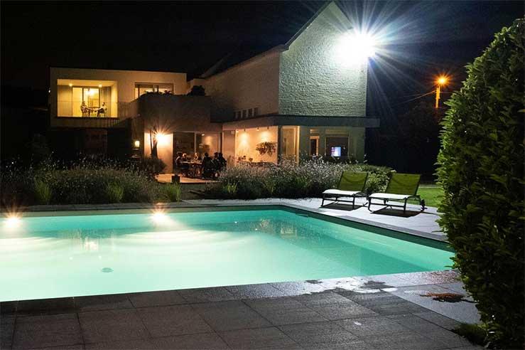 Goed hotel in België - Chaudfontaine - met buitenzwembad