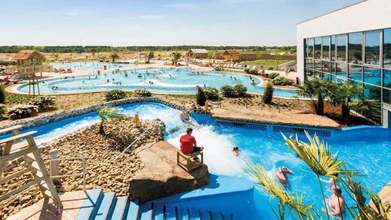 Hotel met grootste subtropisch zwembad van Duitsland, inclusief buitenzwembad