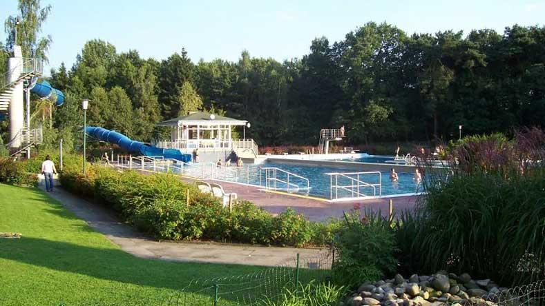 Hotel Duitsland - Nedersaksen - met binnen- en buitenzwembad