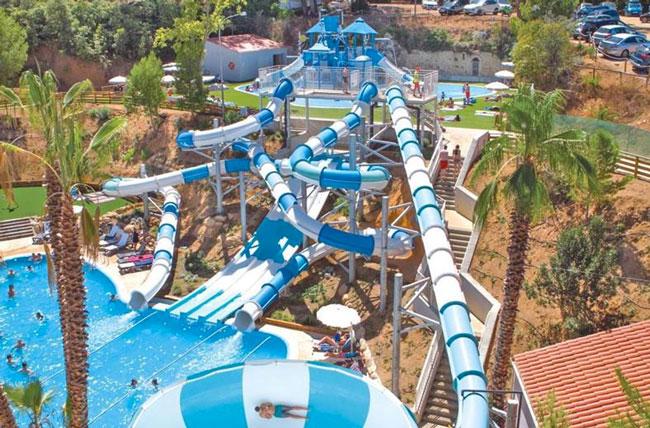 Hotel Gran Garbi met mega groot aquapark op Lloret de Mar