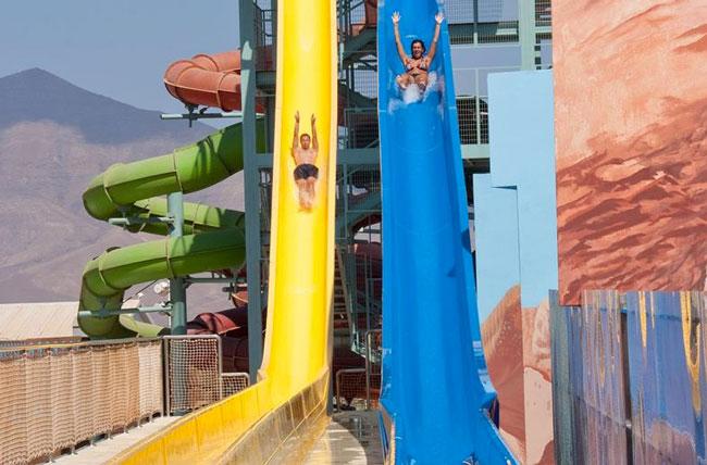 Club Playa Blanca Resort op Lanzarote, supergroot aquapark. Bekijk meer waterparken in Spanje!