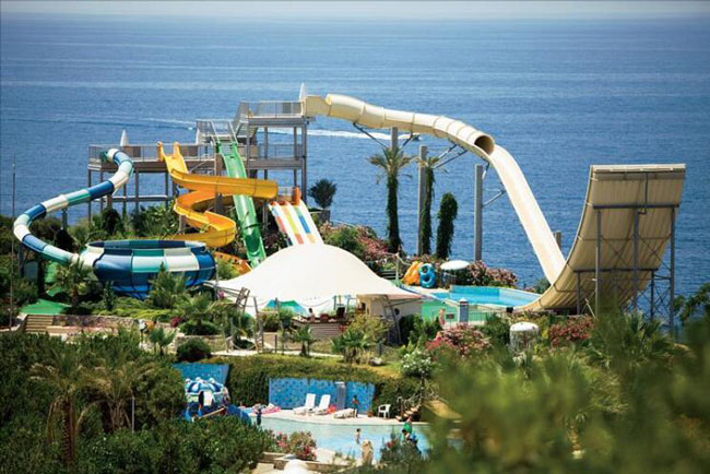 All-inclusive hotel met aquapark in Kusadasi