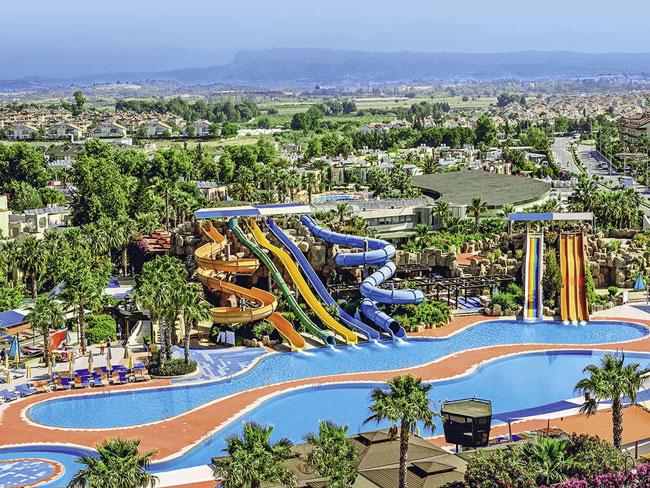 Luxe resort met 11 waterglijbanen in Turkije