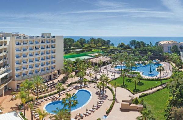 Hotel aan de Algarve met groot zwembad