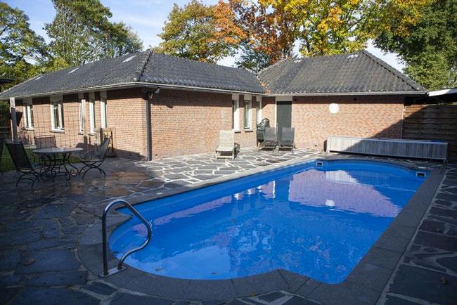 Familiezwembad op de Veluwe
