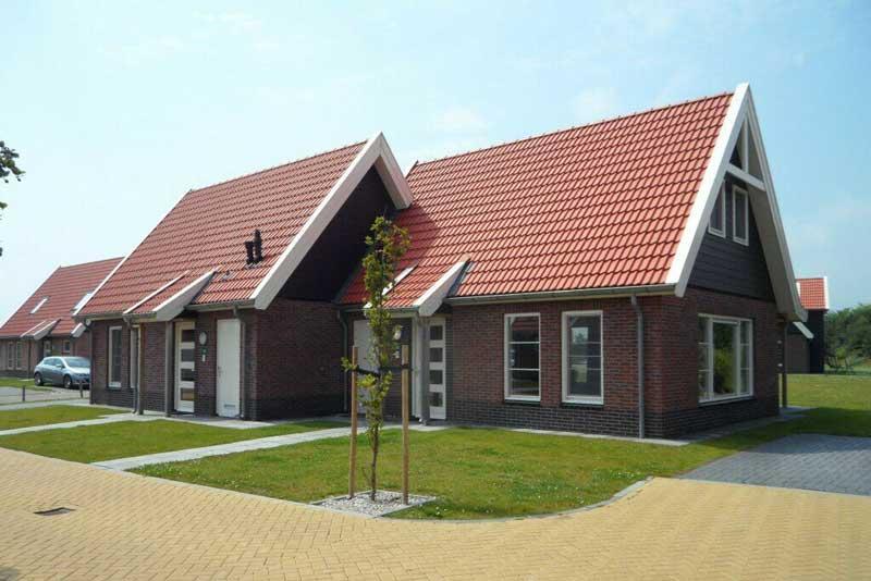Een tweede woning kopen aan het Veluwemeer, inclusief binnen- en buitenzwembad.