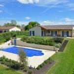 Vakantiepark met luxe villa's met privé zwembad in Frankrijk