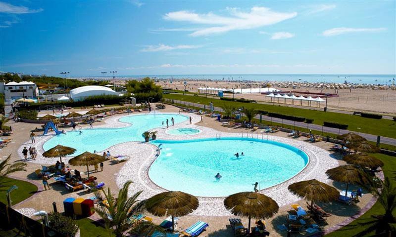 Vakantie Italië met groot zwembad