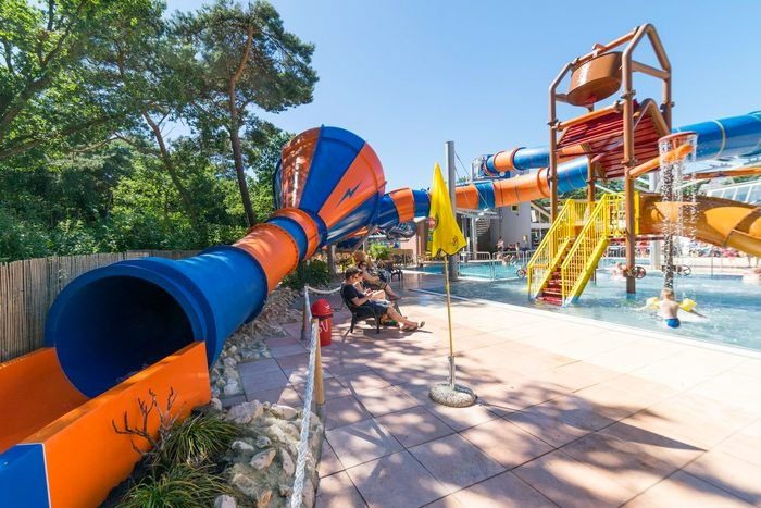 Welk buitenzwembad is al geopend op de camping of bij het bungalowpark?