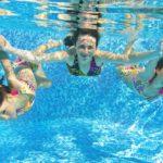 Op vakantie in Nederland, waar is het buitenzwembad al open?