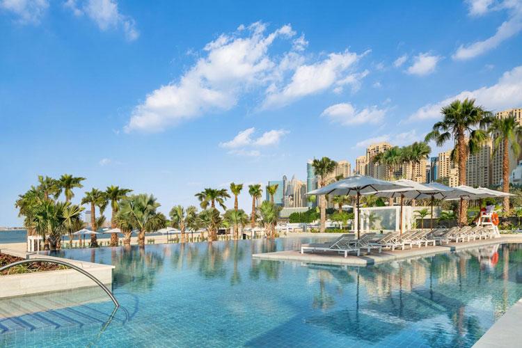 Infinity pool zwembad in Dubai
