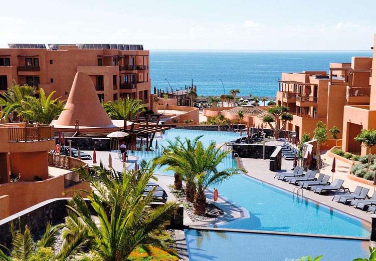 hotel op de Canarische Eilanden met zwembad